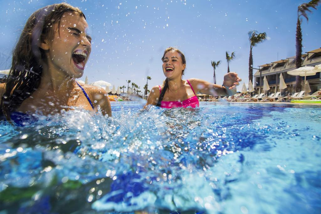 турция бассейн